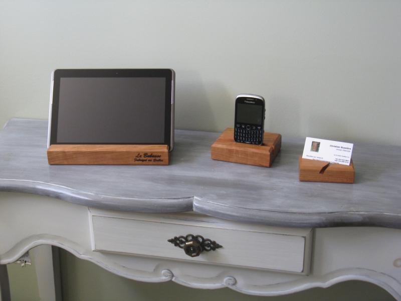 Support à tablette numérique en bois